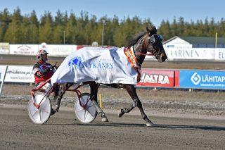Hannu Korpi ja Grainfield Aiden voittivat Kaustisella