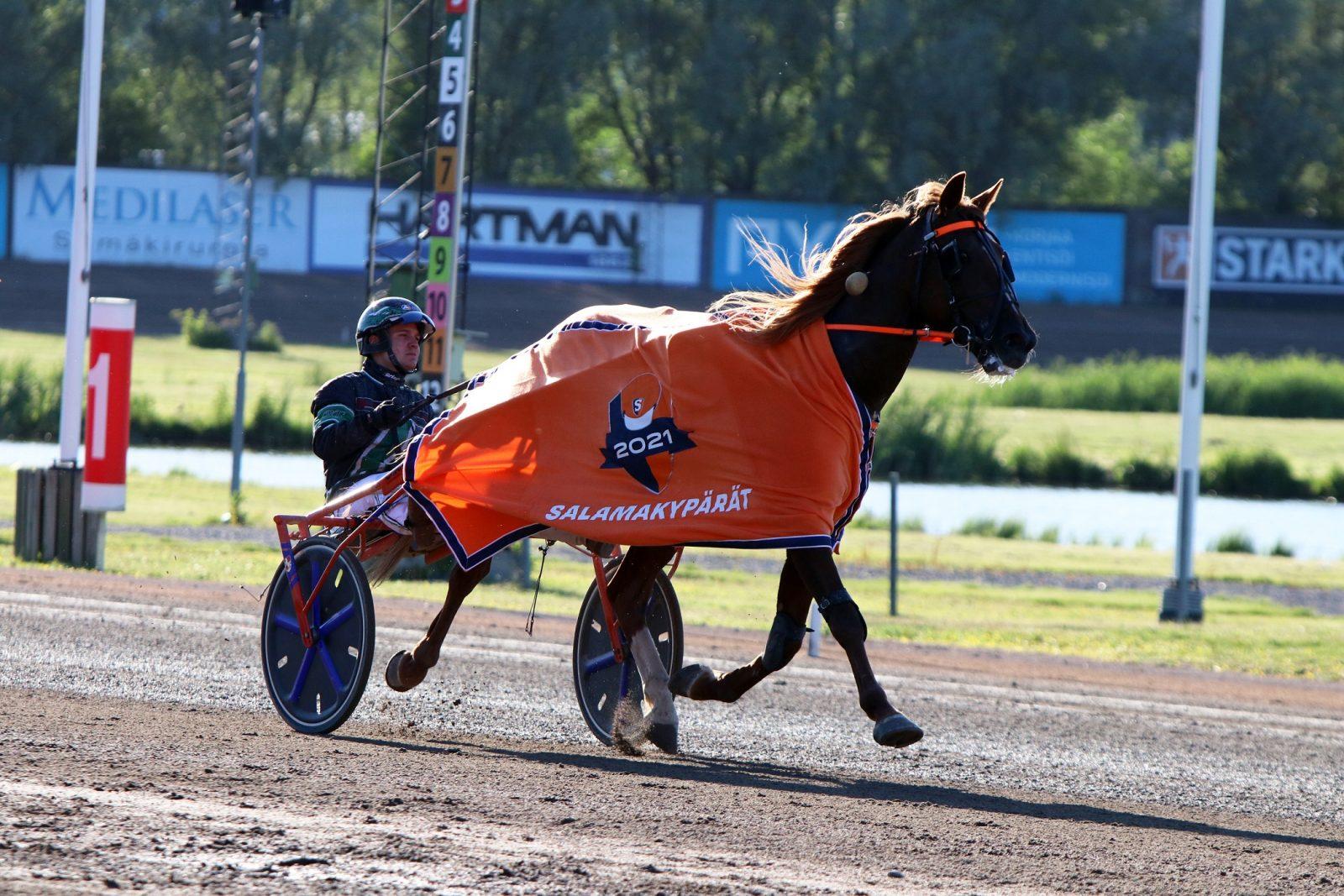 Patri Filatoff voitti Orvar Iverillä.