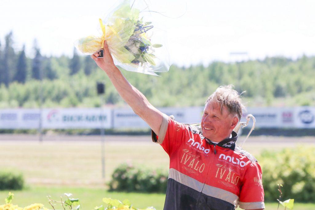Tapio Perttunen palkittiin raviurheilijan kultaisella ansiomerkillä