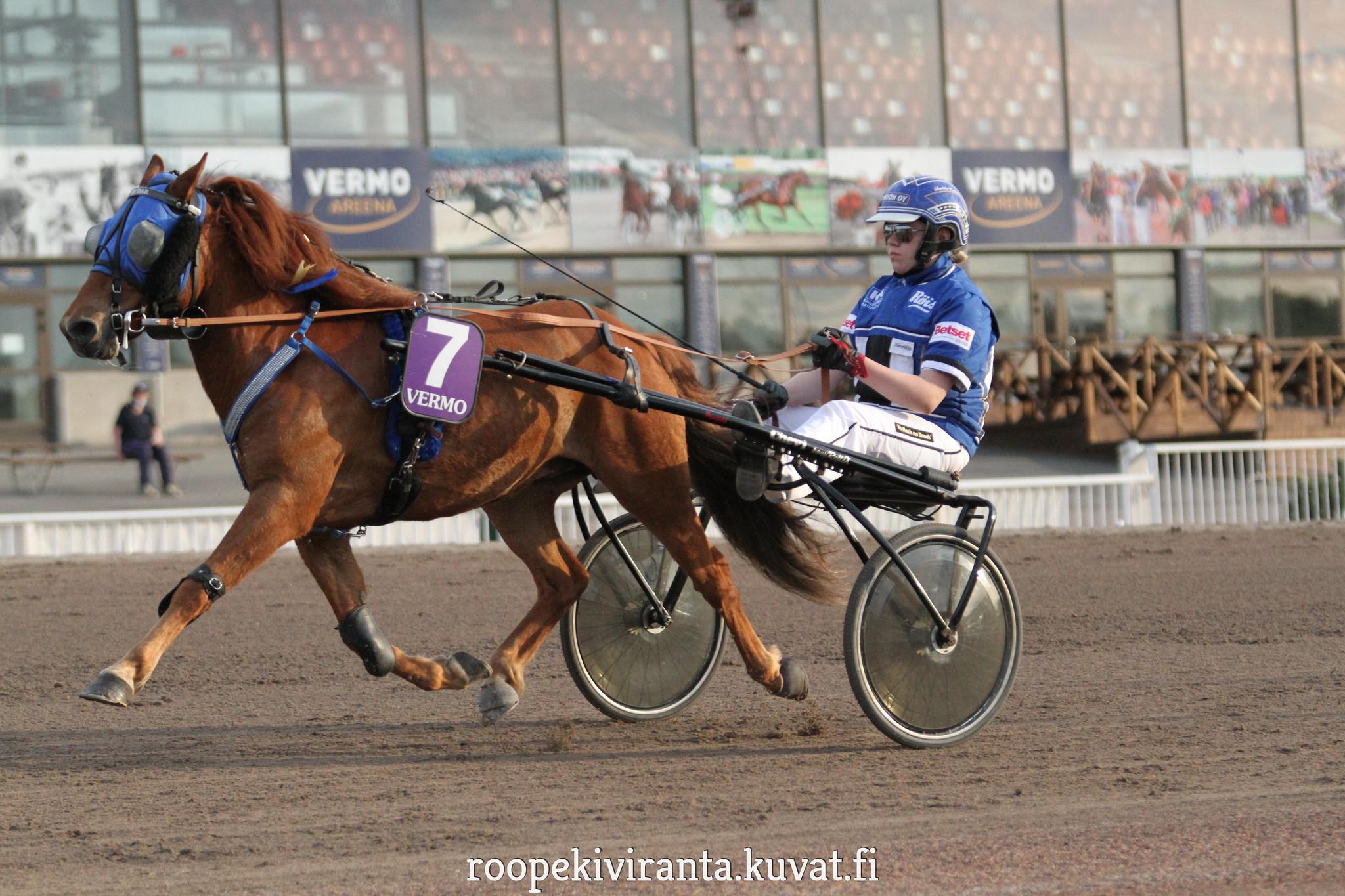 Amor Dar ja Henriikka Rantanen tulevat Vermon PM-lähtöön hyvin miettein. Kuva: Hippos / Roope Kiviranta.