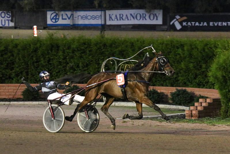 Werner Ors voitti Siiri Mäkisen ohjastamana